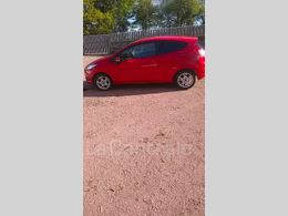 FORD FIESTA 5 v (2) 1.25 60 edition 3p