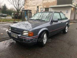 Photo d(une) FORD  16 XR3 I PACK d'occasion sur Lacentrale.fr