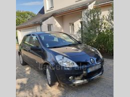 RENAULT CLIO 3 iii 1.5 dci 70 authentique 5p