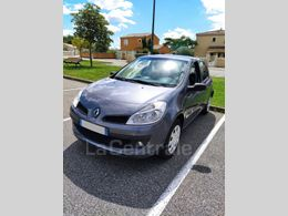 RENAULT CLIO 3 iii 1.2 16v 75 authentique 5p