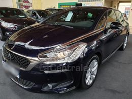 DS DS 5 15 990 €