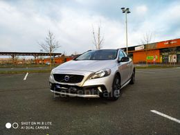 VOLVO V40 (2E GENERATION) CROSS COUNTRY 14 200 €