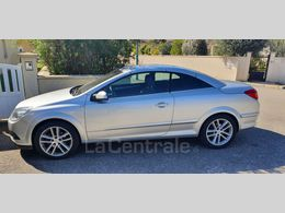 Photo d(une) OPEL  III TWINTOP 1.8 140 COSMO d'occasion sur Lacentrale.fr
