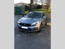 DS DS 4 17 900 €