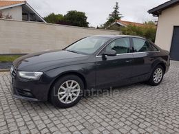Photo d(une) AUDI  IV (2) 2.0 TDI 143 BUSINESS LINE d'occasion sur Lacentrale.fr