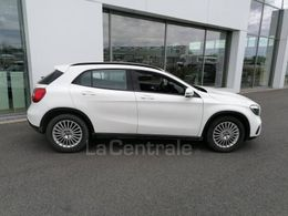 MERCEDES GLA (2) 180 intuition