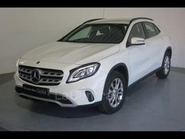 MERCEDES GLA (2) 180 intuition 7g-dct