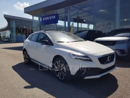 VOLVO V40 (2E GENERATION) CROSS COUNTRY 28 270 €