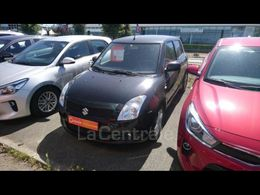 SUZUKI SWIFT 2 5 900 €