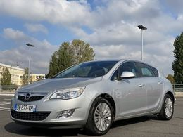 Photo d(une) OPEL  IV 14 TURBO 140 COSMO PACK d'occasion sur Lacentrale.fr