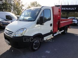 IVECO 35c15 3 litres 150 cv benne coffre attealge roues jumelees