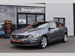 VOLVO V60 d3 momentum business geartronic + cuir