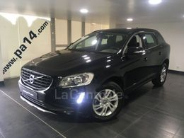 Photo d(une) VOLVO  2 D4 190 AWD MOMENTUM BUSINESS GEARTRONIC 6 d'occasion sur Lacentrale.fr