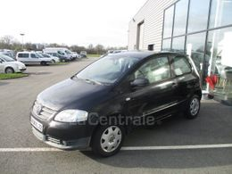 VOLKSWAGEN FOX 3 990 €