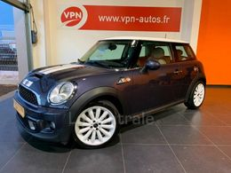 Photo d(une) MINI  II 2 20 SD 143 COOPER PACK RED HOT CHILI d'occasion sur Lacentrale.fr