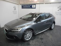 VOLVO V40 (2E GENERATION) CROSS COUNTRY 20 440 €