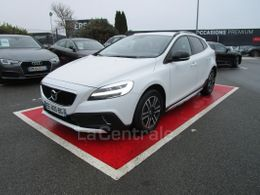 VOLVO V40 (2E GENERATION) CROSS COUNTRY 14 990 €