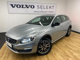 VOLVO V60 CROSS COUNTRY 26 730 €
