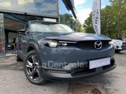 Photo d(une) MAZDA  E-SKYACTIV 145 FIRST EDITION INDUSTRIAL VINTAGE d'occasion sur Lacentrale.fr