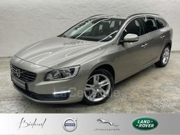 VOLVO V60 (2) D6 220 TWIN ENGINE MOMENTUM BUSINESS