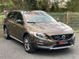 VOLVO V60 CROSS COUNTRY 25 780 €