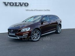 VOLVO V60 CROSS COUNTRY 30 220 €