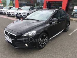 VOLVO V40 (2E GENERATION) CROSS COUNTRY 19 020 €