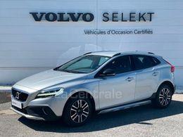 VOLVO V40 (2E GENERATION) CROSS COUNTRY 20360€