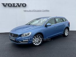 VOLVO V60 (2) D4 190 XENIUM GEARTRONIC 8
