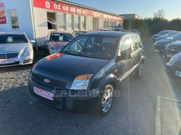 FORD FUSION 3 590 €