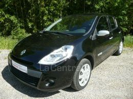 Photo d(une) RENAULT  III 2 COLLECTION 12 16V 75 ALIZE 5P d'occasion sur Lacentrale.fr
