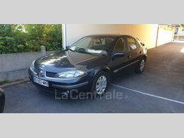 Photo d(une) RENAULT  II 2 ESTATE 16 16S CONFORT EXPRESSION d'occasion sur Lacentrale.fr