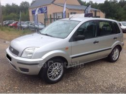 FORD FUSION 2000€