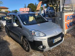 Photo d(une) PEUGEOT  II 16 HDI 90 OUTDOOR PACK 7PL d'occasion sur Lacentrale.fr