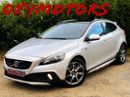 VOLVO V40 (2E GENERATION) CROSS COUNTRY 13 990 €