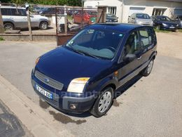 FORD FUSION 3 090 €